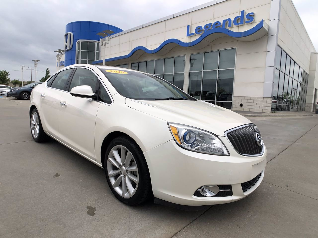Pre-Owned 2012 Buick Verano Leather Group