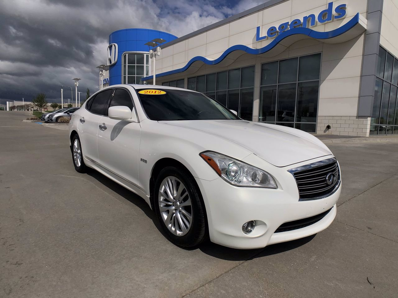 Pre-Owned 2012 INFINITI M35h Hybrid